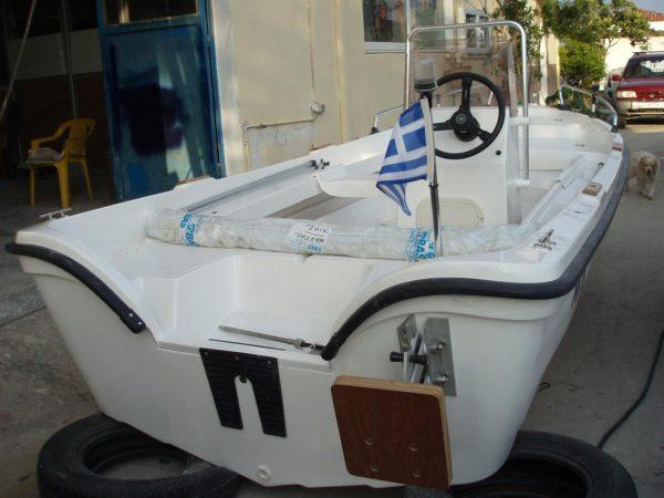 Τα νερά που θα πέσουν μέσα στην βάρκα Mak 465 PA καταλήγουν κατευθείαν στην θάλασσα (Α) (εν στάση ή εν κινήσει χωρίς αντλία σεντίνας )